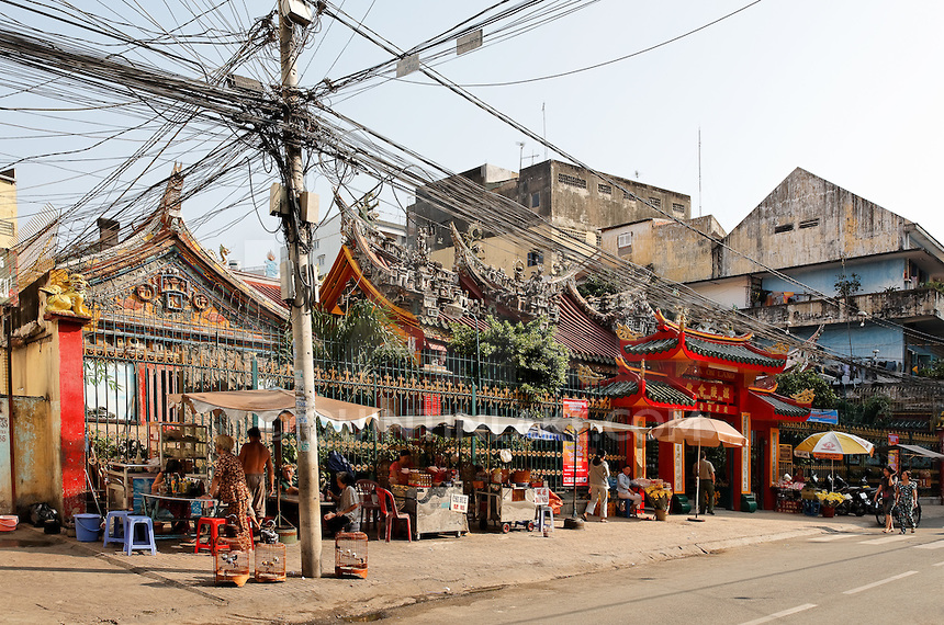 Quan Am Pagoda from the street, Cholon, Ho Chi Minh City