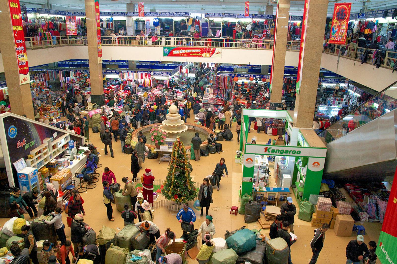 Dong Xuan Market- Hanoi