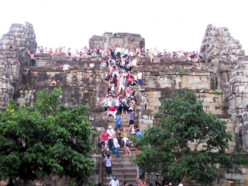 Phnom Bakheng Hill - Siem Reap